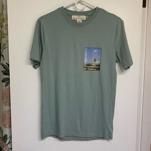 """💥Logg H&m Mens Graphic T-shirt """"dog days are here"""